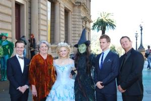 Edward Grey (Boq), Maggie Kirkpatrick (Madame Morrible), Lucy Durack (Glinda), Jemma Rix (Elphaba), Steve Danielsen (Fiyero) & Glen Hogstrom (Dr. Dillamond)