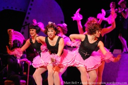 Alinta Chidzey (Kathy Seldon) & Cast of Singin' in the Rain