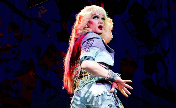 Neil-Patrick-Harris-Channels-Hedwig